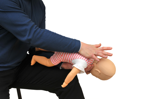 Bebeğinizin Boğazına Birşey Kaçarsa